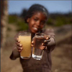 RipplAffect clean-vs-dirty water girl Kenya